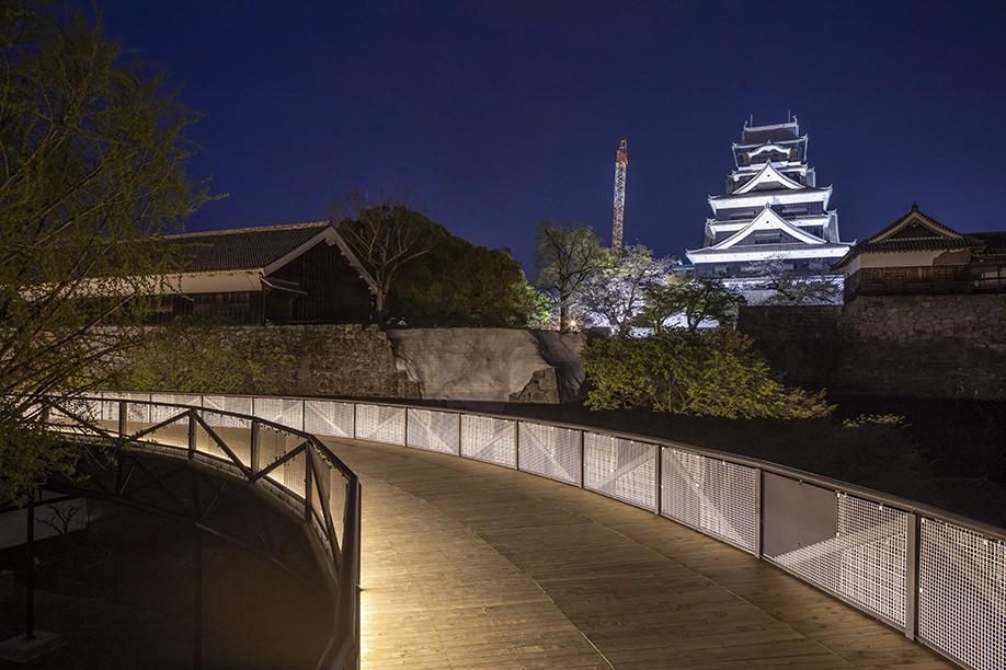 kumamoto castle reconstruction observation path
