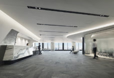 三菱重工業株式会社 本社 来客会議室エリア